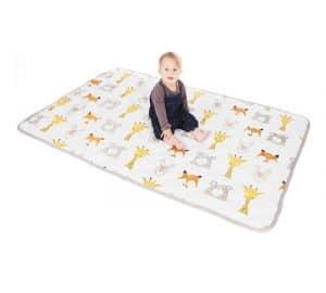 alfombras para gatear bebes